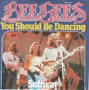 """Blancos entrando en las listas de negros. Bee Gees """"You should be dancing"""" rhythm&blues."""